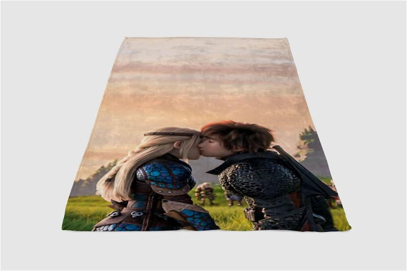 Hiccup And Astrid Wallapper Fleece Blanket