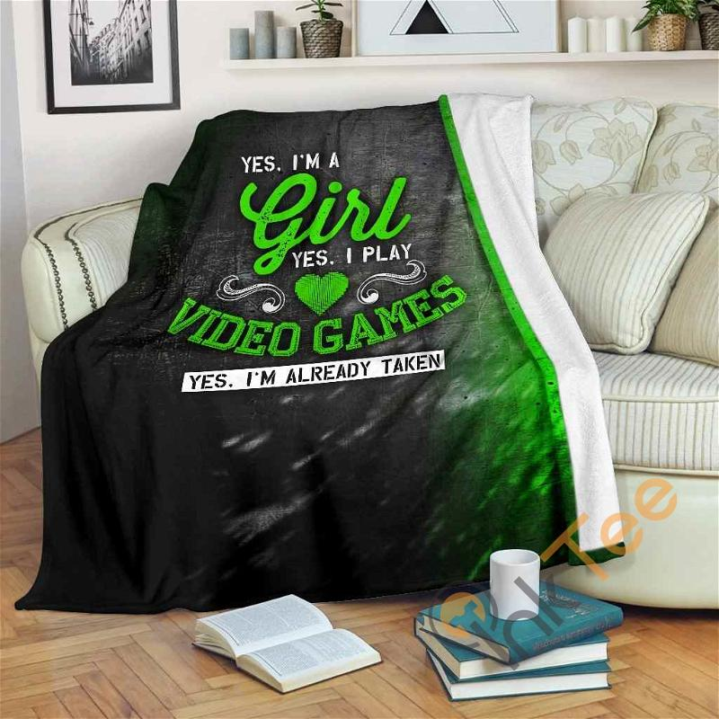 Yes I'm A Girl Yes I Play Video Games Premium Fleece Blanket