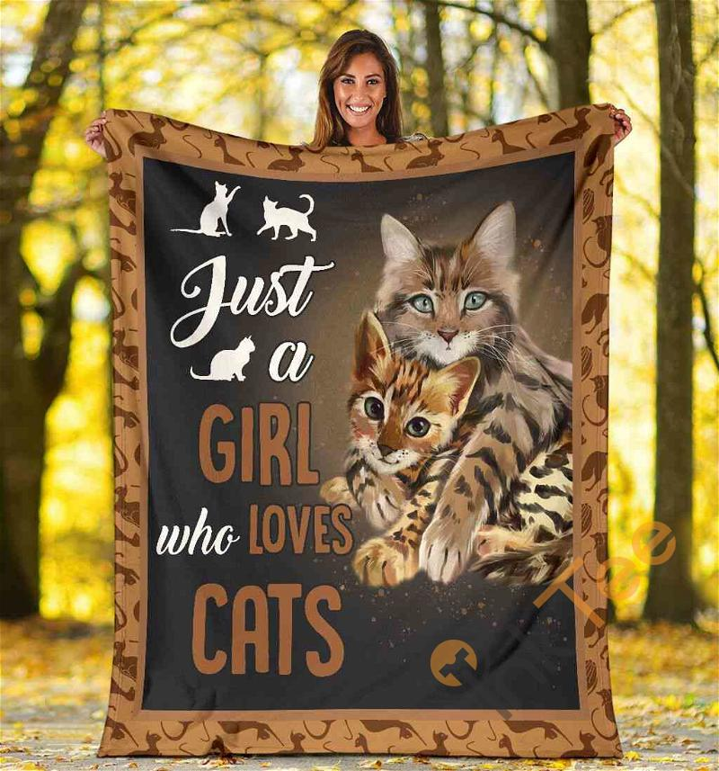 Cat Lover Gift Just A Girl Who Love Cats Ultra Soft Cozy Plush Fleece Blanket